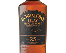 BOWMORE 25 YEARS OLD ISLAY SINGLE MALT